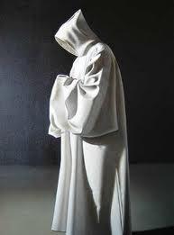 franciscano con capucha